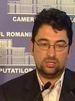 Voinescu: Lideri PDL din jurul lui Blaga ne dau SMS-uri si spun ca merg cu noi