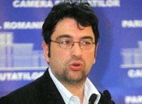 Voinescu, despre Ponta: In loc sa guverneze, fac tot felul de porcarii si de tampenii!