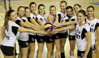 """Voleibalistele de la """"U"""" Cluj, interzise la turneul de la Bacau. Trei jucatoare sunt infectate cu COVID-19"""