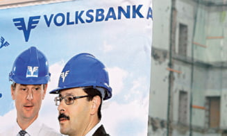 Volksbank va plati daune morale in cazul clauzelor abuzive. Oficialii bancii acuza judecatorul