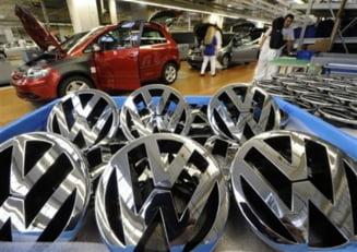 Volkswagen investeste 50 de miliarde de euro pentru a depasi Toyota
