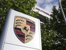 Volkswagen va cumpara 49,9 la suta din Porsche
