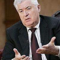 Voronin: Tanarul mort la 7 aprilie a fost aruncat peste geam, la Parlament