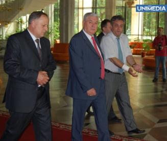 Voronin are unda verde sa dizolve Parlamentul de la Chisinau