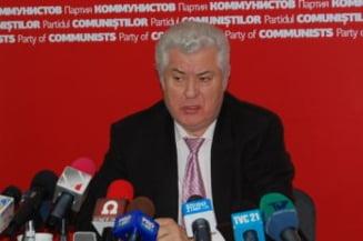 Voronin cere dizolvarea Parlementului si alegeri anticipate