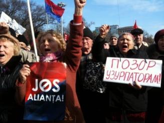 Voronin ia o pauza: Comunistii renunta temporar la proteste