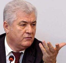 Voronin se plange de Romania la UE