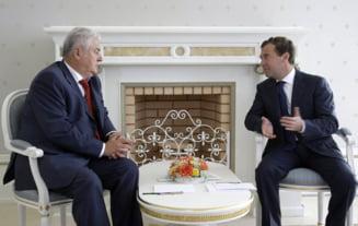 Voronin si Medvedev au vorbit despre posibilitatea mentinerii la putere a PCRM