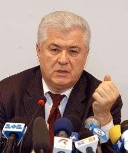 Voronin vrea inlocuirea fortelor de pace din Transnistria