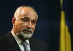 Vosganian: Exista multe interese pentru falimentul Oltchim