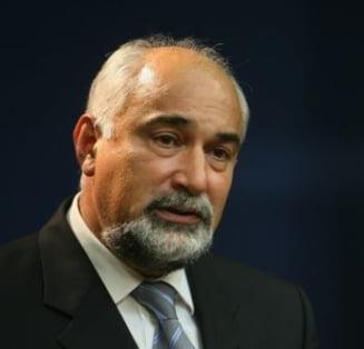 Vosganian: Guvernul intarzie premeditat bugetul pe 2011