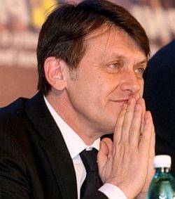 Vosganian a spus FMI ca a actionat ca agent electoral pentru Basescu