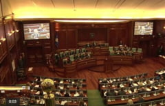 Vot cu scantei in Parlamentul din Kosovo pentru crearea unui tribunal pentru crime de razboi