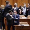 Votul pentru moțiunea de cenzură a fost amânat până la decizia CCR privind sesizarea Guvernului