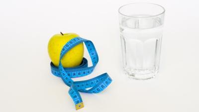 7 minuni ale apei: beneficiile nebanuite asupra organismului si a siluetei