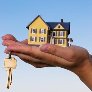 Vrei un credit imobiliar? Vezi cum e mai avantajos - in lei sau in euro!