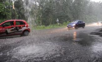 Vreme de cosmar: Gheata de 15 centimetri pe Autostrada Soarelui - accident cu 9 masini