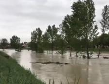 Vremea face ravagii in Italia: Cod rosu de inundatii (Foto&Video)