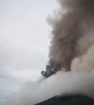 Vulcanul Fuego din Guatemala inregistreaza 9 explozii pe ora dupa marea eruptie de saptamana trecuta