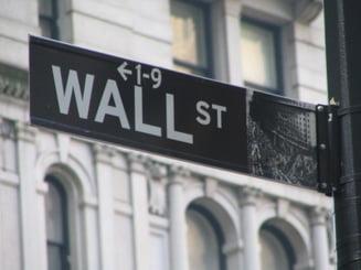 Wall Street a atins cel mai scazut nivel din ultimii 12 ani