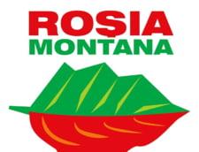 Weekend cu proteste pentru Rosia Montana: Lant uman in jurul Palatului Parlamentului
