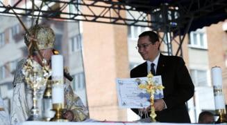 Weekend cucernic pentru candidatul Ponta: Toti cei care cred in Dumnezeu sunt buni romani