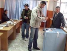 Weekend prelungit pentru elevii bucuresteni: Alegerile prezidentiale inchid scolile