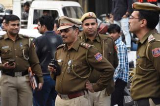 WhatsApp ia masuri disperate in India, unde peste 20 de oameni au fost linsati de gloate pacalite cu stiri false