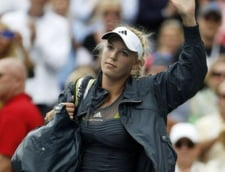 Wozniacki, eliminata de la US Open cu o racheta imprumutata (Video)