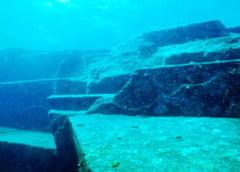 Yonaguni, misterioasa piramida japoneza din adancuri (Video)