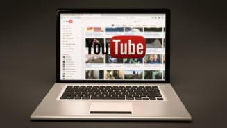 YouTube interzice continutul care include teorii ale conspiratiei. Genul de teorii interzise