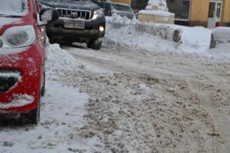 Zapada in Bucuresti: Oprescu cere intensificarea interventiilor, Negoita convoaca comandamentul de iarna
