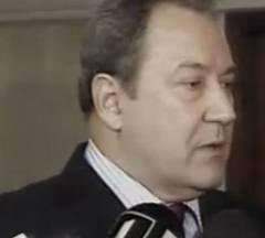 """Zatreanu cere sanctionarea pesedistului care si-a facut colega de la UNPR """"curva"""""""