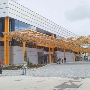 Zborurile de la Cluj-Napoca, redirectionate la Aeroportul Targu Mures