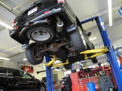 Zece echipamente utile si necesare pentru un service auto