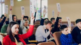 Zece obiective pentru educatie inaintate partidelor politice de Consiliul National al Elevilor