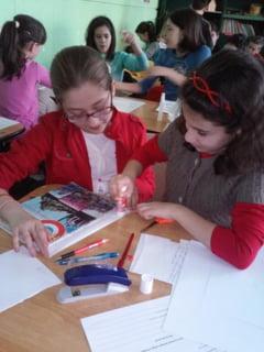 Zeci de elevi din Alba Iulia implicati in proiectul Noi si cartile