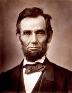 Zeci de mii de persoane l-au comemorat pe Abraham Lincoln