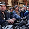 Zeci de mineri s-au blocat in subteran la Mina Lupeni. Protestul a cauzat, indirect, oprirea caldurii in orasul Deva