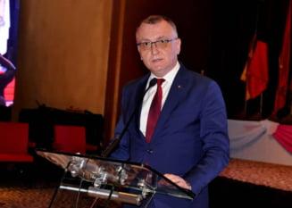 Zeci de organizatii si miscari civice atrag atentia liderilor viitoarei coalitii de guvernare sa nu-l desemneze pe Sorin Cimpeanu in functia de ministru al Educatiei