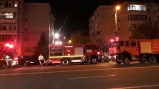 Zeci de persoane, printre care si trei copii, evacuate in urma unui incendiu produs intr-un bloc din Constanta