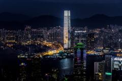 Zeci de persoane au fost arestate in urma unor proteste legate de amanarea alegerilor din Hong Kong