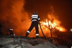Zeci de pompieri care au intervenit la un incendiu, intoxicati cu dioxina