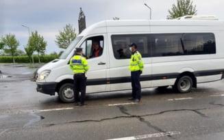 Zeci de sanctiuni, aplicate transportatorilor pentru abateri in trafic