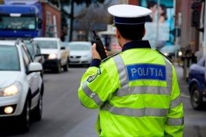Zeci de sanctiuni aplicate de politisti