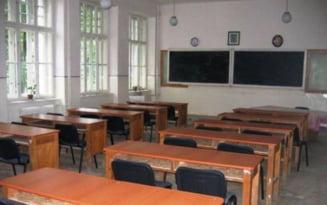 Zeci de scoli inchise la Botosani din cauza COVID-19. Alte 18 functioneaza dupa scenariul galben