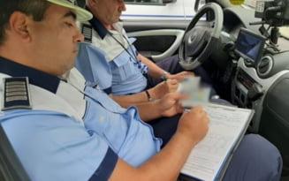 Zeci de soferi, lasati pietoni in ultima saptamana pentru abateri in trafic