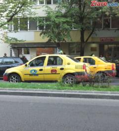Zeci de taximetristi au intrat in greva foamei in fata Primariei Capitalei (Video)