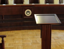 Zegrean, despre modificarile aduse Legii CCR: Exista o singura Curte cu magistrati numiti pe viata si ea e in Rusia