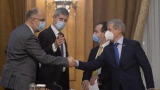 Zi decisiva in coalitia de guvernare. O noua intalnire pentru depasirea crizei generate de demiterea lui Vlad Voiculescu